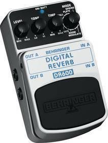 BEHRINGER DR 600 DIGITAL REVERB