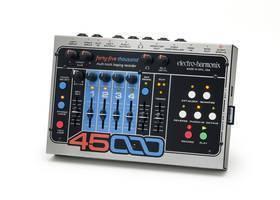 ELECTRO HARMONIX 45000 MULTI TRACK LOOPING RECORDER